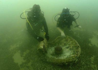 """Discover Local Diving """"St Prex Plage"""" Laure et Ella"""